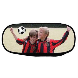 pennenetui met foto voetballers
